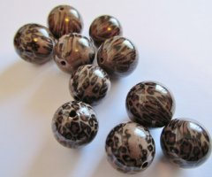 Brown and black leopard rounds (10pcs) HU13-1293