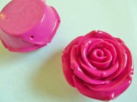"Magenta resin rose 3/4"" #FL2"