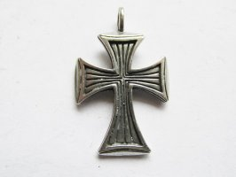 Antique Silver Pewter Cross w/ bail #SWS-22